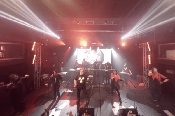 Video 360: Supergrupo (En directo) @ Ochoymedio Club 22.05.15 – 'Hashtag'